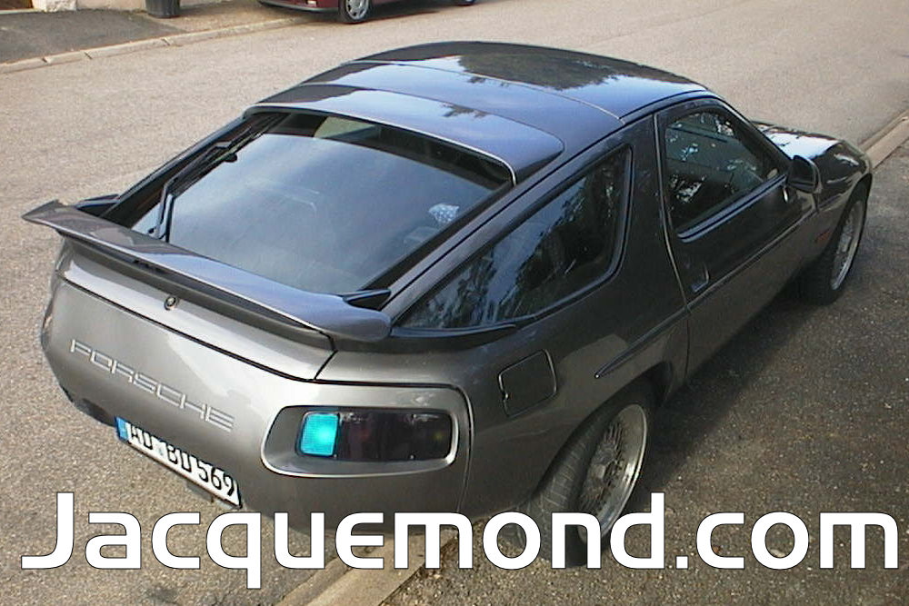 Porsche 928 : body set by Jacquemond