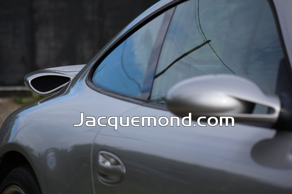 Jacquemond : Darus rear wing for Porsche 997