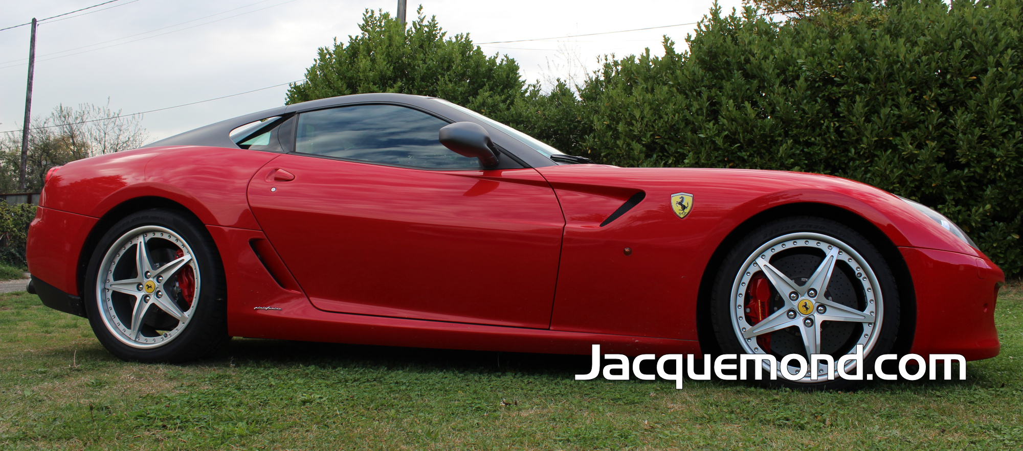 Side skirts for Ferrari 599 by Jacquemond. ( racing light weight )